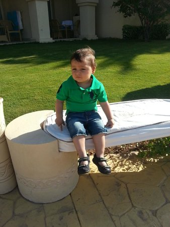 Rixos Sharm El Sheikh: sitting front our room 16001