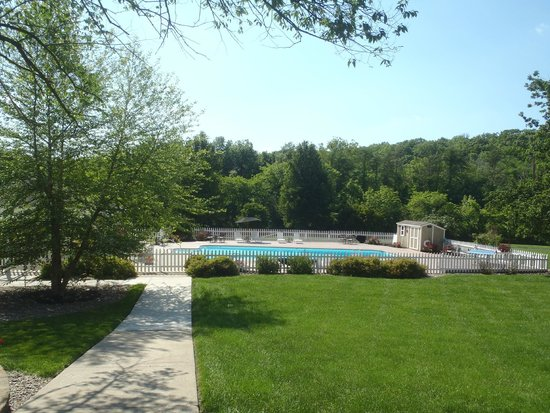 Inn on Crescent Lake : Pool