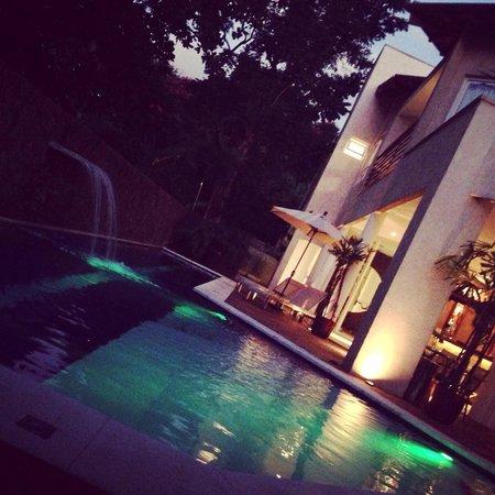 Abayomi Hotel: Piscina