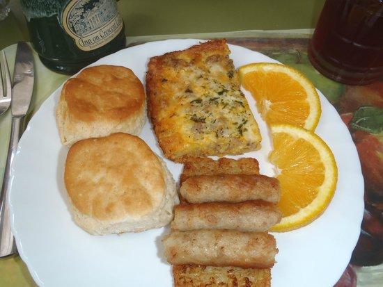 Inn on Crescent Lake: Breakfast 1