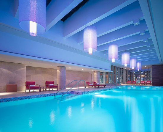 Shangri-La Hotel Toronto: Indoor Pool