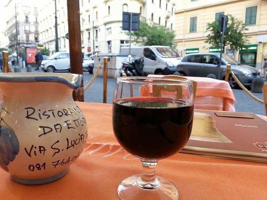 Ettore : Vinho da casa