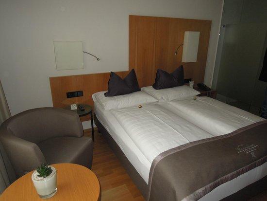 Hotel Maximilian: Zimmer 406