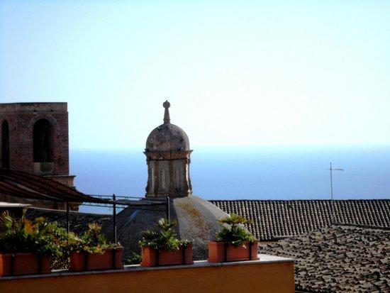 Guglielmo's House: Balcony view