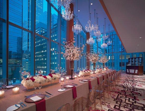Shangri-La Hotel Toronto: Museum Room