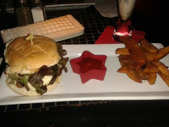 Scarlet: Burger with carmelized onions and blue cheese, was divine!