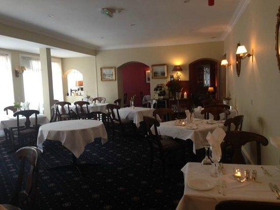 Casey's Hotel: Dining room