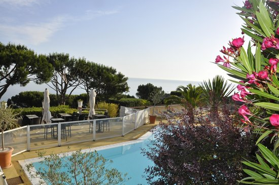 Hotel Les Mouettes: la piscine