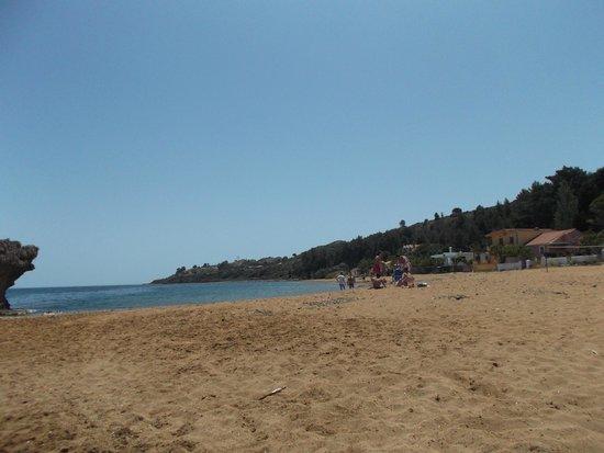 Lepeda Beach : zandstrand Lepeda