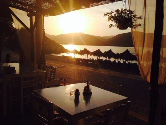 Estrella Cafe-Bar-Restaurant: Estrella view