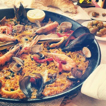Restaurante Miami: The best paella I have had!
