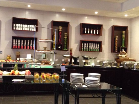 Leicester Marriott Hotel: Mixx buffet service