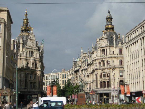 Antwerp's Port: Towards City Center