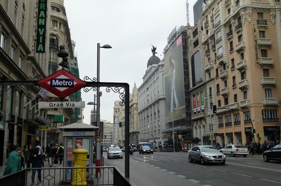 Hotel Arosa : Metro próximo ao hotel
