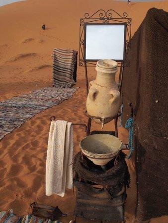 Merzouga Desert: Camp