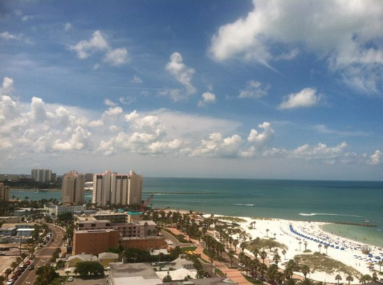 Hyatt Regency Clearwater Beach Resort & Spa: View from our balcony