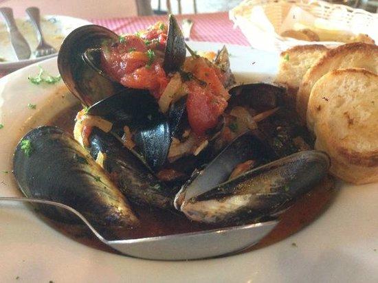 Al Firenze Ristorante and pizzeria: Mussel soup