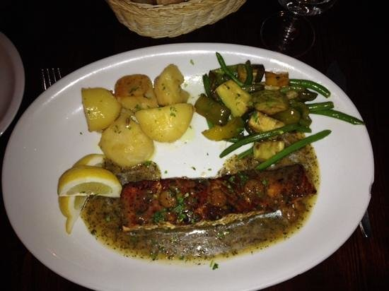 Ta' Kris Restaurant: saumon