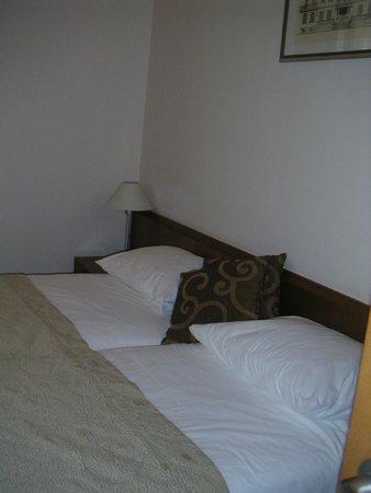 Hotel Zagreb: la chambre