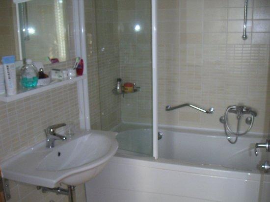 Hotel Zagreb: la salle de bain