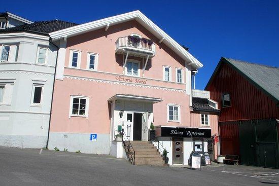 Victoria Hotel Kragero: Hotel voorzijde