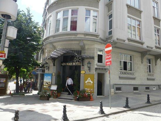 Adamar Hotel : Hotel entrance