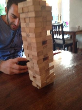 The River House Backpackers: Me and my mate Andy playing Jenga in the hostel