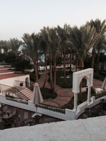 Jaz Fanara Resort & Residence: Bar terrace