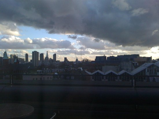 Hilton London Angel Islington : Vista dalla sala meeting