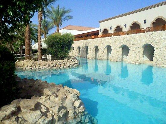 Ghazala Gardens Hotel: Pool by swim up rooms