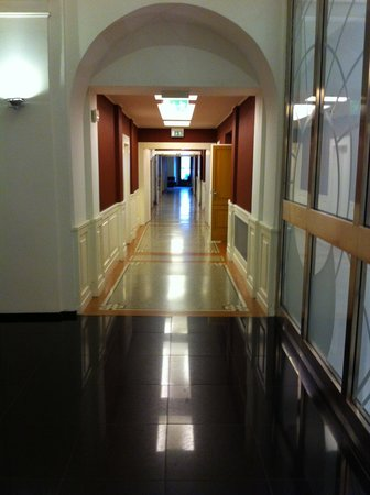 Eurostars Thalia Hotel: corridor