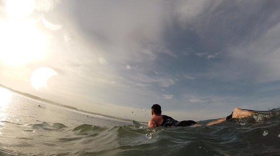 Surf Tours Nicaragua : Freight trains break.