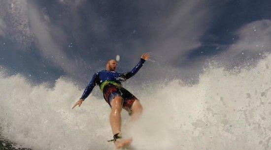 Surf Tours Nicaragua: BIG waves