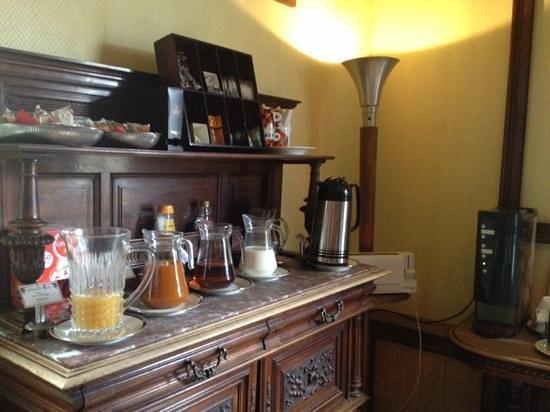 Detective Hotel : petit déjeuner