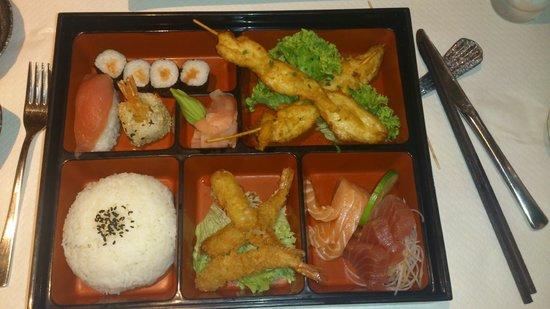 YEN'S: Bento Box