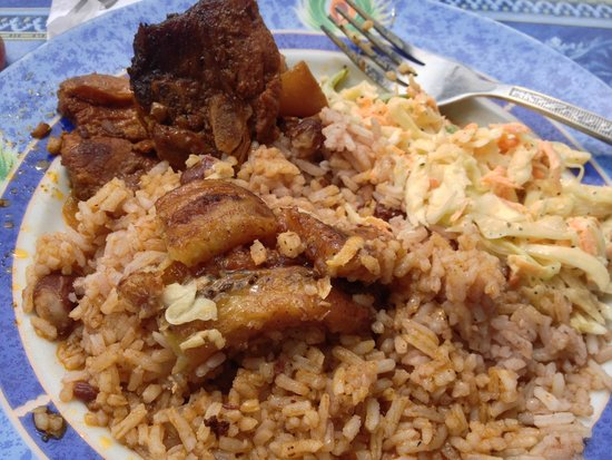 Belita's Deli: Delicious stew pork, rice, coleslaw and plantains - don't miss it!