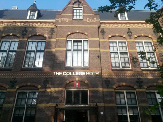 The College Hotel: The front