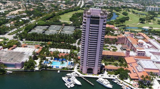 Boca Beach Club, A Waldorf Astoria Resort: The Tower and Tower Pool