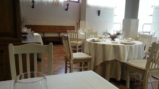 Hector Oribe : La sala, muy agradable