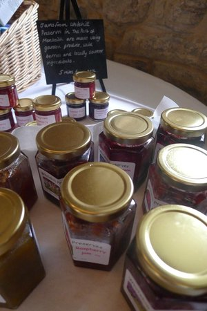 Duchray Castle: Lovely selection of local jams