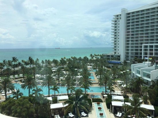 Fontainebleau Miami Beach: View from the room