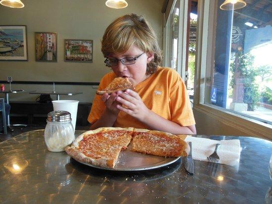 Spirito's Italian Diner: Small cheese Pizza