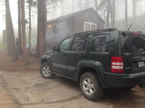 Sylvan Lake Lodge : House keeping cabin 506