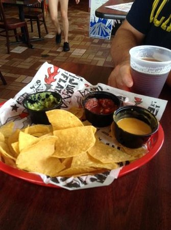 Tijuana Flats : tijuana tri and dos equis on tap! thanks marsha for the referral!