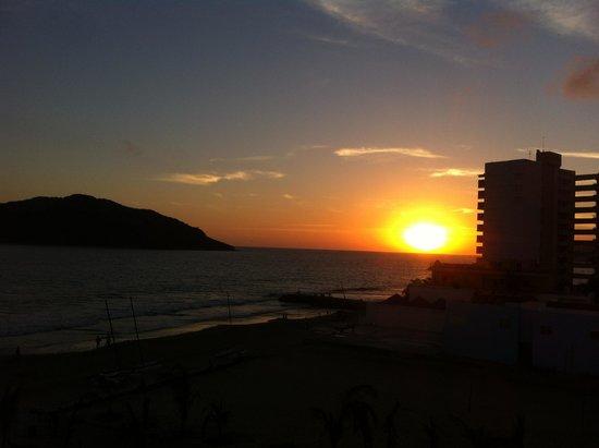 Hotel Playa Mazatlan: Puesta de Sol
