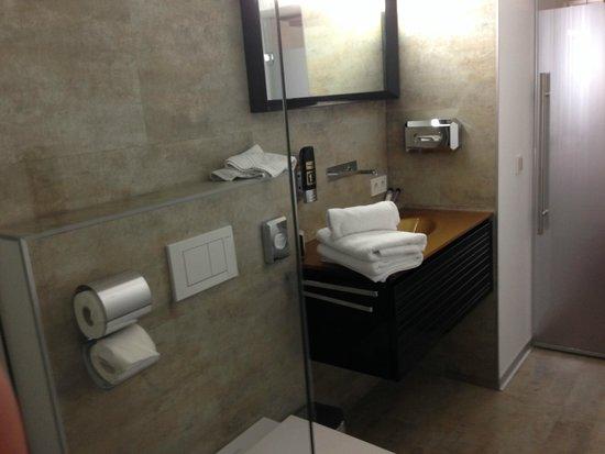 Hotel Am Dom: Bathroom