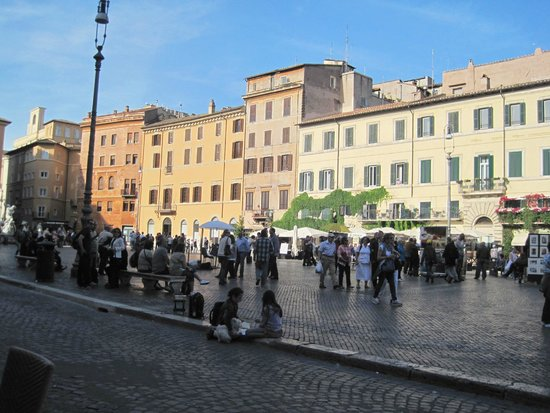 Bar Tre Scalini : View of Piazza Navona from our table