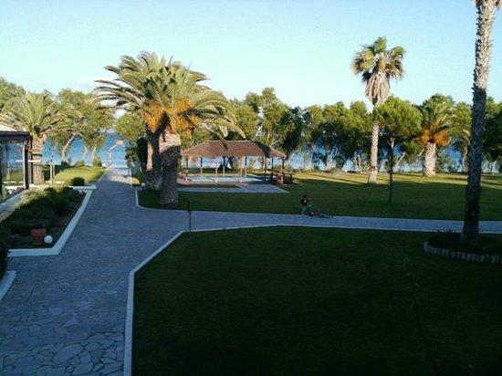 Lakitira Resort & Village: vista giardino-mare da camera 101