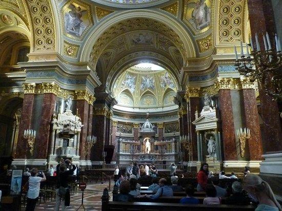 St. Stephen's Basilica (Szent Istvan Bazilika): Interior