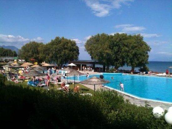 Lakitira Resort & Village: piscina grande